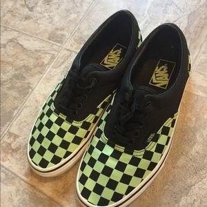 Old Skool Vans sneakers glow in dark excel cond